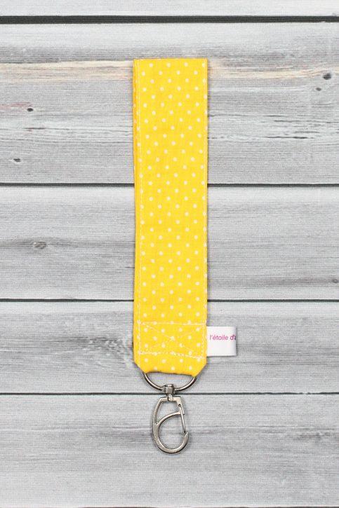 porte clefs poignet jaune (1)