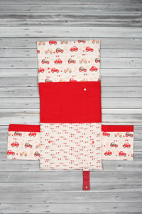 tapis à langer voiture rouge (4)